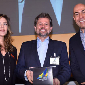 Ricardo Piquet, president of the Museum of Tomorrow and IDG, responsible for the management of the Museum, and Marcelo Alves, president of Riotur.Rio.